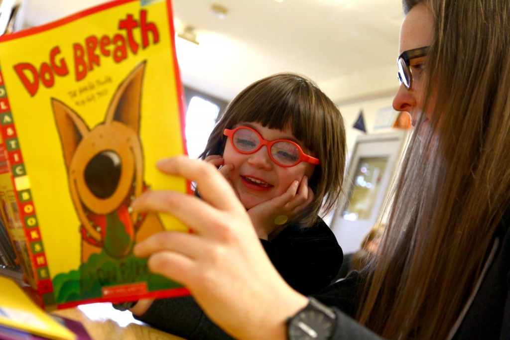 SMART Photo for Wildhorse Foundation 3 - SMART reading pair